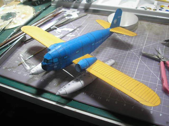 """O Curtiss Condor esta sendo montado direto da folha (com exceção da redução da escala para 1/100), este modelo esta sendo feito para o 8º GB de Aviação do Panzermodel Fórum e está tendo a montagem concomintante espelhada no Clube do Canhão. O modelo é uma das pérolas de Aaron Murphy, e acredito que pelo estágio avançado da montagem, será um dos primeiros a ser finalizado desse """"grupo dos cinco"""" (F3B, F4C, Condor, EIII, B2M)"""