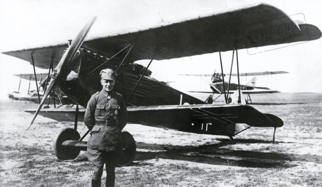 Fokker D.VII F 4253~18 Jasta 4 Ernst Udet (0811-037)